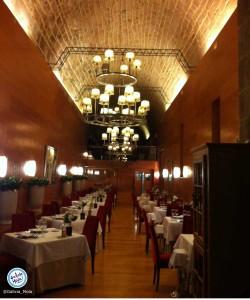 Salón del restaurante dos Abades